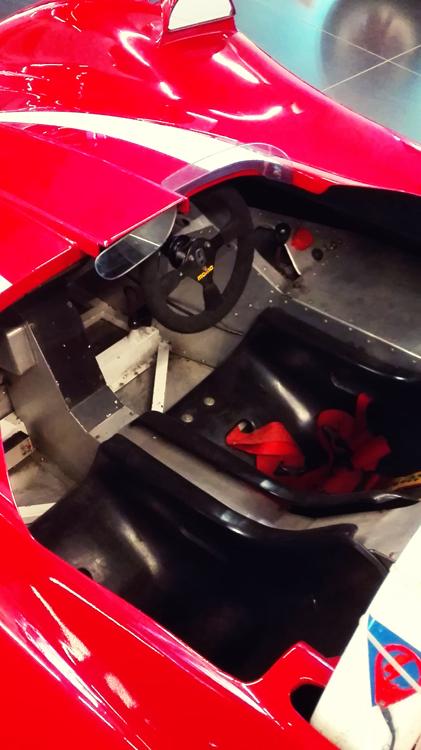 Wnętrze Formuły 3 Alfa Romeo
