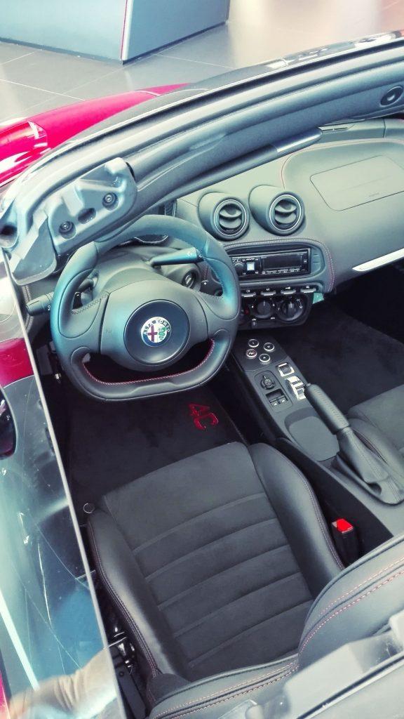Alfa Romeo 4C wnętrze